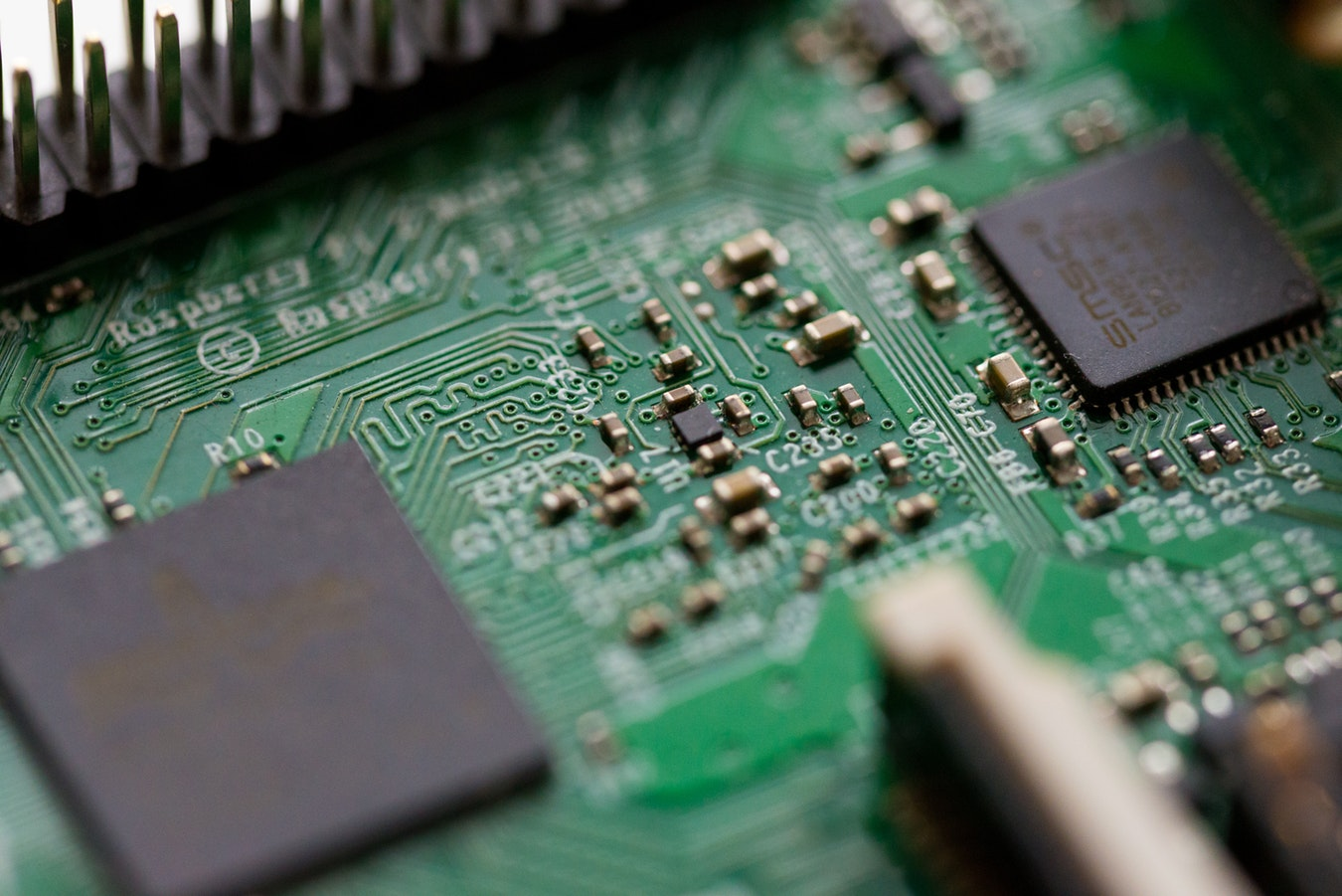 fully automated equipment for PCB assembly