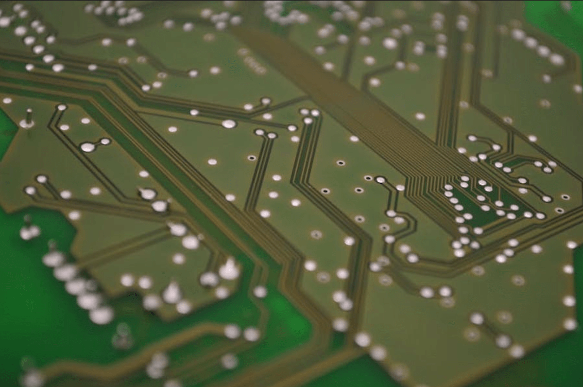 PCB Equipment 101: What Equipment Is Used to PCB Assembly?